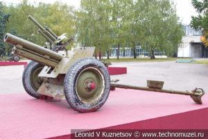 76-мм полковая пушка ОБ-25 образца 1943 года в Музее обороны Москвы