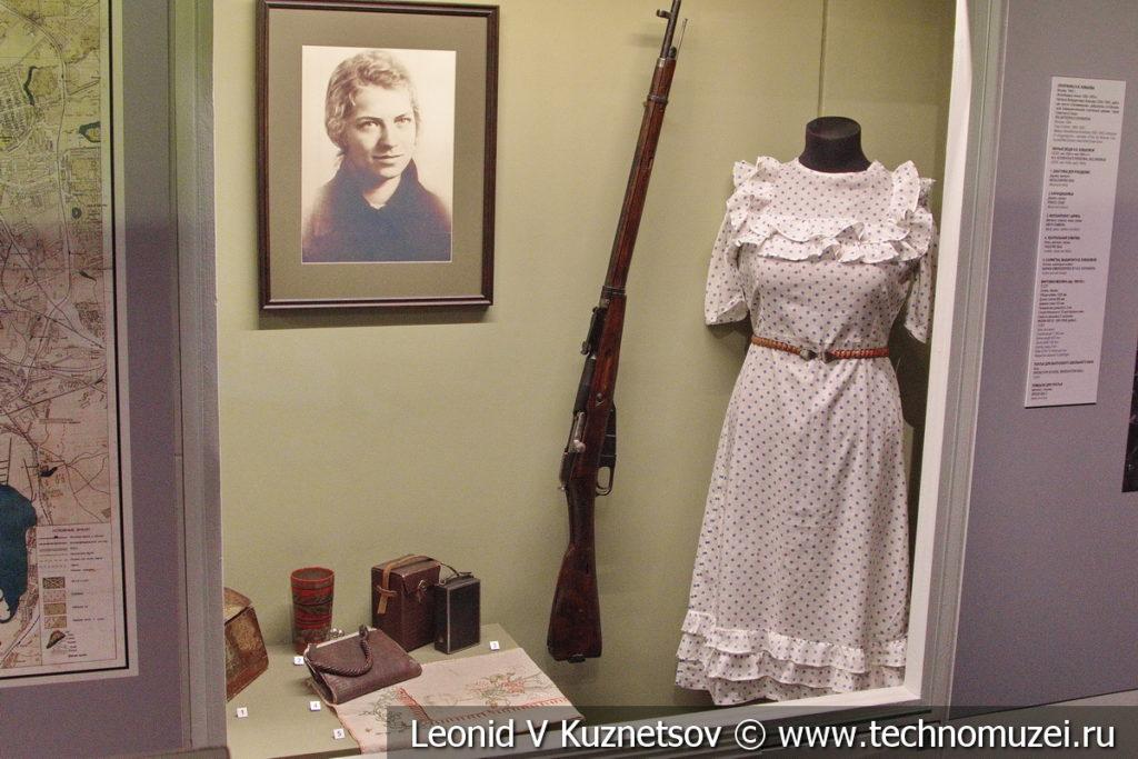 Стенд о снайпере Наташе Ковшовой в Музее обороны Москвы