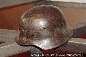 Немецкая пехотная каска образца 1935 года в Музее обороны Москвы