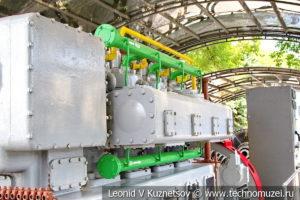 Газопоршневая электростанция Clark Bros Co и General Electric в музее магистрального транспорта газа