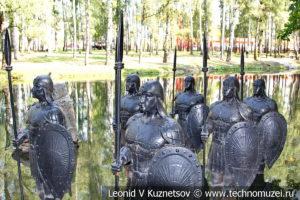 Скульптура Богатыри в Детском парке в Новомосковске