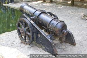 Пушка Иван в Детском парке в Новомосковске