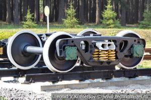 Двухосная тележка товарного вагона колеи 1520 мм на Тульской детской железной дороге