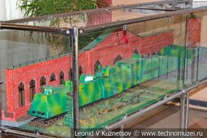 Модель бронепоезда Козьма Минин в выставочном зале Тульской детской железной дороги