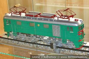 Модель локомотива в выставочном зале Тульской детской железной дороги