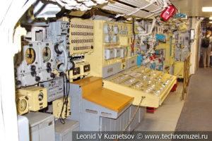 Пульт управления общекорабельными системами Вольфрам подводной лодки Б-396 в Музее Военно-морского флота в Москве