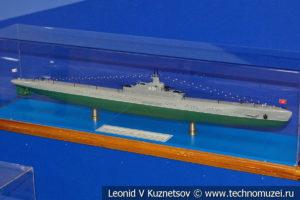 Крейсерская подводная лодка тип К XIV серии Катюша (модель) в Музее Военно-морского флота в Москве