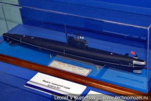 Дизель-электрическая подводная лодка проекта 641 (модель) в Музее Военно-морского флота в Москве