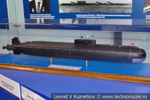 Атомная подводная лодка второго поколения проекта 661 Анчар (модель) в Музее Военно-морского флота в Москве