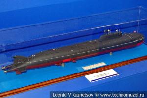 Атомный подводный ракетный крейсер проекта 949А Антей (модель) в Музее Военно-морского флота в Москве