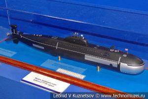 Торпедная атомная подводная лодка второго поколения проекта 671РТМ(К) Щука (модель) в Музее Военно-морского флота в Москве