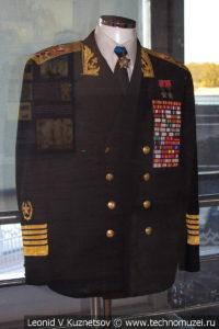 Парадная тужурка адмирала С. Г. Горшкова в Музее Военно-морского флота в Москве