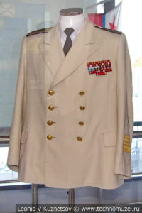Парадная форма адмирала А. Г. Головко в Музее Военно-морского флота в Москве