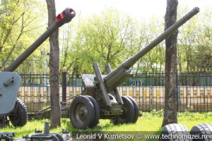 122-мм корпусная пушка-гаубица А-19 (52-П-471А) образца 1931-1937 года в Центральном музее Вооруженных Сил