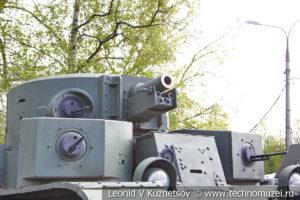 Тяжелый танк Т-28 в Центральном музее Вооруженных Сил