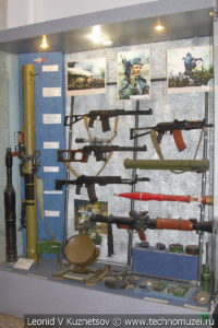 Современное стрелковое оружие в Центральном музее Вооруженных Сил