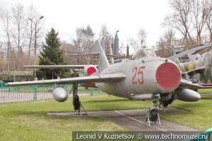 Реактивный истребитель МиГ-17 в Центральном музее Вооруженных Сил