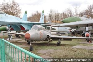 Учебно-тренировочный реактивный самолет L-29 Дельфин в Центральном музее Вооруженных Сил