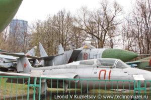 Сверхзвуковой истребитель-перехватчик МиГ-25 в Центральном музее Вооруженных Сил