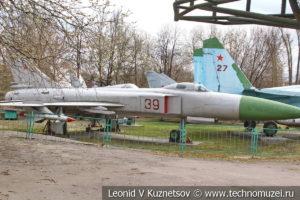 Фронтовой бомбардировщик Су-24м в Центральном музее Вооруженных Сил