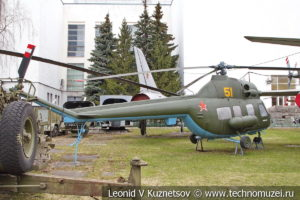 Многоцелевой вертолет Ми-2 в Центральном музее Вооруженных Сил
