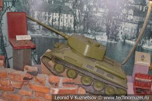 Танк Т-34-85 в Центральном музее Вооруженных Сил