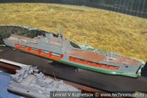 Большой десантный корабль проекта 1174 в Центральном музее Вооруженных Сил