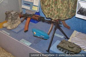 Модели бронетехники и оружие ВДВ в Центральном музее Вооруженных Сил