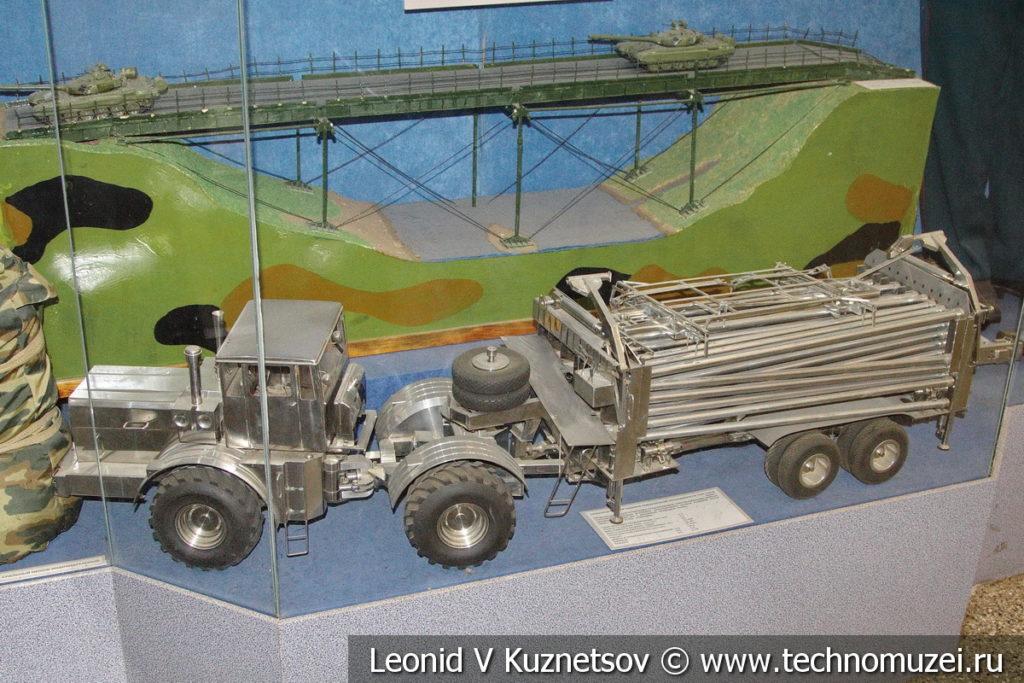 Машина для прокладки полевых трубопроводов ТУМ-150В в Центральном музее Вооруженных Сил