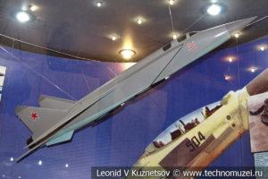 Модель истребителя МиГ-25 в Центральном музее Вооруженных Сил