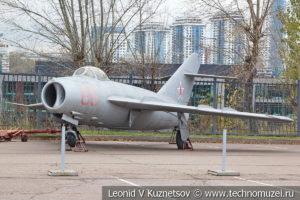 Истребитель МиГ-17 в Музее на Поклонной горе
