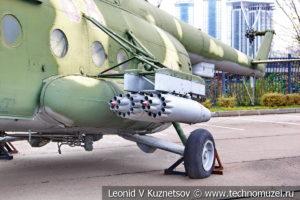Десантно-транспортный вертолет Ми-8МТ в Музее на Поклонной горе