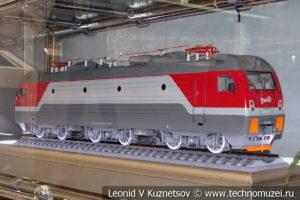 Пассажирский электровоз ЭП1М модель
