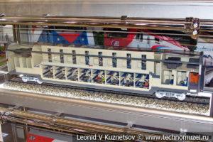 Пассажирский двухэтажный вагон 61-4465 модель