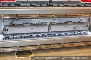 Грузовой электровоз 2ЭС5 модель