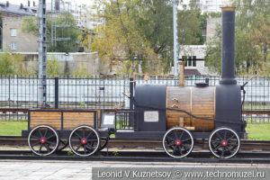 Паровоз Черепановых в железнодорожном музее на станции Подмосковная