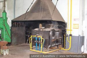 Кузнечный цех паровозного депо в железнодорожном музее на станции Подмосковная