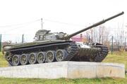 Памятник танк Т-72 в Колюбакино