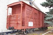 Памятник узкоколейный крытый вагон во Владимире