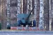 Памятник пушка Д-48 в Песочном