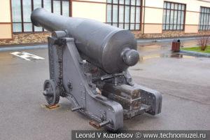 60-фунтовая (196-мм) крепостная пушка Н. В. Маиевского образца 1857 года на лафете Андреева в музее отечественной военной истории в Падиково