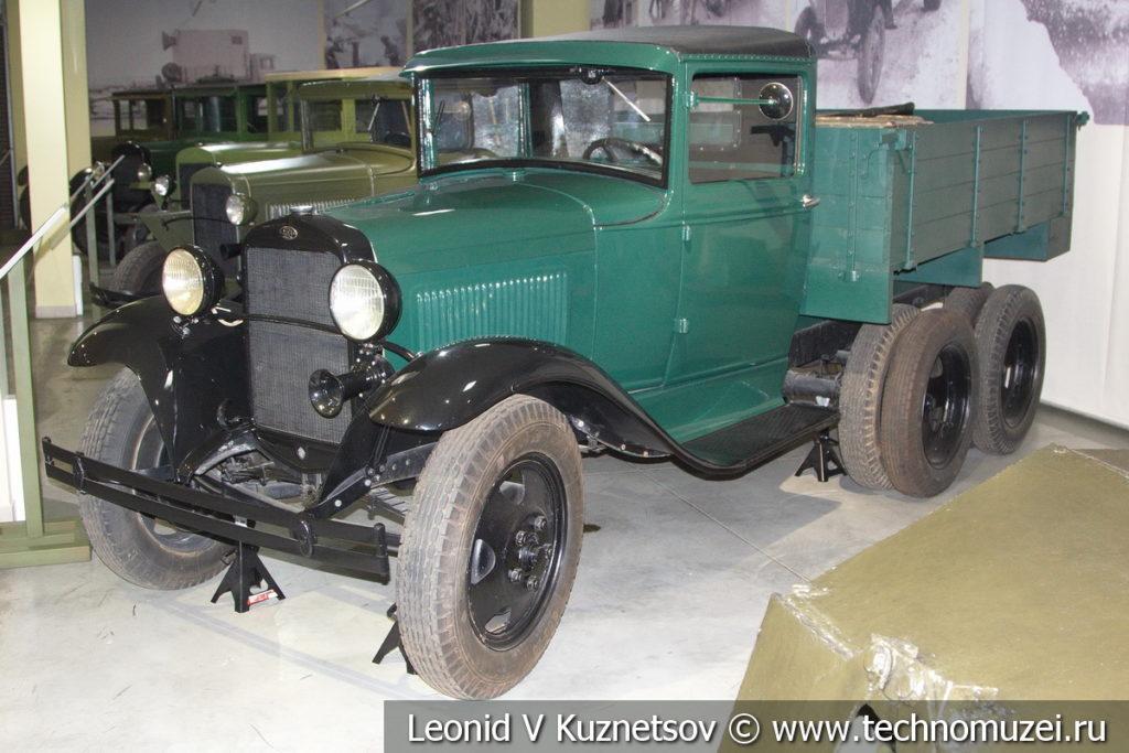 Грузовой автомобиль ГАЗ-ААА 1934 года в музее отечественной военной истории в Падиково
