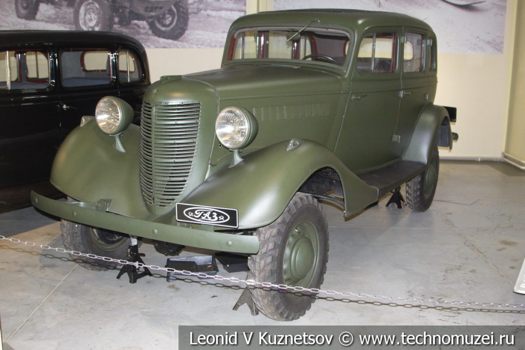 Легковой полноприводный автомобиль ГАЗ-11-73 1940 года в музее отечественной военной истории в Падиково
