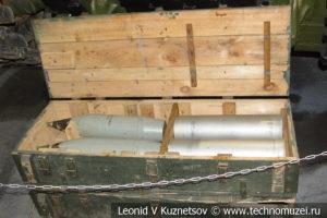 Снаряды и гильзы с метательным зарядом ИСУ-122 в музее отечественной военной истории в Падиково