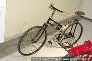 Велосипед Peugeot системы Жерара в музее отечественной военной истории в Падиково