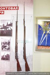 Французские винтовки Lebel MLE 1886/93 года и Grais 1874 года в музее отечественной военной истории в Падиково