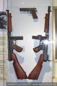 Американские пистолеты-пулемёты Thomson в музее отечественной военной истории в Падиково