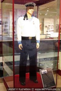 Краснофлотец в повседневной летней форме №2 в музее отечественной военной истории в Падиково